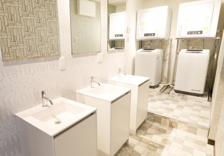 洗面台と洗濯スペース